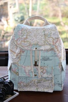 Map Backpack, Backpack with the map of the world print IN LOVE <3