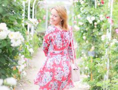 Robe Claudie Pierlot Rififi Flower power granville Normandie http://drosebonbon.fr/la-vie-en-rose/
