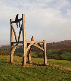 Escultura cadeira de madeira por Henry Brudenell-Bruce
