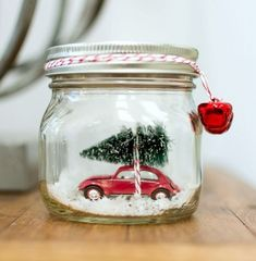 Christmas Crafts - Car in a Jar Snow Globe by Mason Jar Crafts Love and other great DIY holiday dec. Mason Jar Christmas Crafts, Noel Christmas, Mason Jar Crafts, Mason Jar Diy, Christmas Projects, Holiday Crafts, Christmas Decorations, Christmas Ornaments, Christmas Cactus