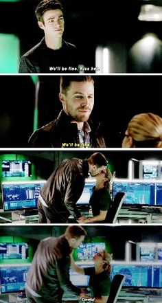 """We'll be fine. Kiss her"" - Barry ((being the whole Olicity fandom)), Oliver and Felicity #TheFlash"