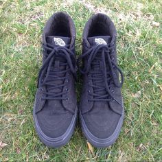 VANS BLACK HIGHTOPS Great condition! Only worn twice! Like new! Vans Shoes Sneakers