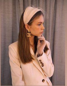 Bridal Accessories, Fashion Accessories, Estilo Preppy, Fascinator Hats, Fascinators, Headpieces, Fashion Outfits, Womens Fashion, Headdress