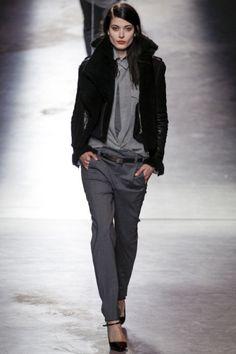 Sfilate Anthony Vaccarello - Collezioni Autunno Inverno 2014-15 - Collezione - Vanity Fair