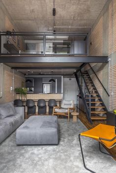 n industrial loft design was meant for an artist and it combines the best of both worlds. A living area and a workshop. This industrial interior loft is a wonde Loft House Design, Tiny House Loft, Loft Interior Design, Home Room Design, Small House Design, Modern House Design, Tiny Loft, Loft Apartment Decorating, Apartment Design