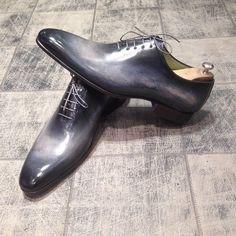 New patina : pearl grey caviar - model : 6903 blake : 370€ #jmlegazel #dandy #elegance #shoesaddict #paris #handmade #patina #custom #chaussures #souliers #mensstyle #shoes #shoeshine #modehomme #mode #men #fashion #style #luxe #menstyle #menswear #leather #carlossantos #menshoes #instashoes #patine #patina #custom #gq #guyswithstyle #polish #carlossantos #shoesoftheday