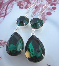Emerald Green Earrings Estate Style Dangle by RachellesJewelryBox, $34.00