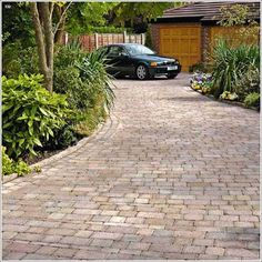 Drivesett Tegula is a classic block paving specially aged for a more traditional look Concrete Block Paving, Block Paving Driveway, Brick Driveway, Driveway Design, Garden Paving, Concrete Driveways, Stone Walkways, Concrete Patio, Gardens