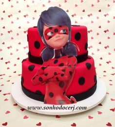 Bolo Miraculous (Ladybug)! (Cód.: B312) Bolo Miraculous Ladybug, Bolo Laura, Anime Cake, Ladybug Cakes, Girl Birthday Themes, Minion Birthday, Candy Crafts, Themed Cakes, Party Cakes