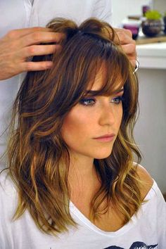Long layers and bangs Long Hair Cuts, Wavy Hair, Medium Layered Hair, Hair Color And Cut, Hair Day, Gorgeous Hair, Pretty Hairstyles, Hair Lengths, Hair Inspiration
