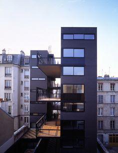 26 Logements Rue d'Ourcq pour postiers_ 1990-93 Prix Mies Van der Rohe, Mention Spéciale à l'Equerre d'Argent 1994