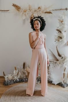 One size jumpsuit - the perfect cut for size 34 to 40 and made for every body shape. Thanks to the stretchy material and elastic band around the waist, you can wear it from size 34 to 40 Perfect fit with endless ways to wrap and wear. Bridesmaid Outfit, Bridesmaids, Drapery Wedding, Ibiza Wedding, Convertible Dress, Jumpsuit Dress, Just Amazing, Slow Fashion, Wedding Season