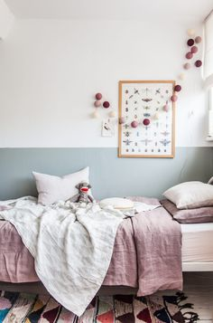 Love this not so new trend on half walls for kids rooms.