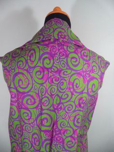 Kain Batik Motif Kombinasi Abu-abu Pink Batik Cap tradisional handmade, bahan katun, ukuran: 1,15 x 2m