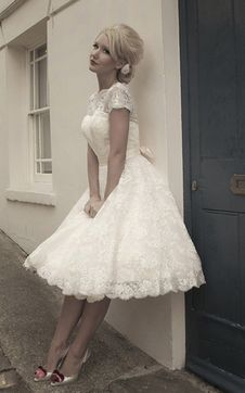immagine 1 - Abiti da Sposa Esclusivo moda Naturale con Fusciacca Barchetta