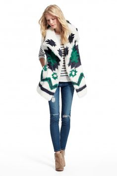Last chance to enjoy an additional 50% off sale prices. Printed rabbit fur vest.