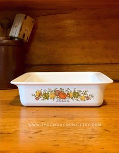 Corningware Spice of Life Roaster, Corning Ware Spice of Life Roasting Pan, Square Baker, Vintage Corningware by TheTwoAcorns on Etsy Burnt Orange Decor, Corningware Vintage, Granny Chic Decor, Corelle Patterns, Vintage Dinnerware, Rustic Decor, Farmhouse Decor, Vintage Holiday, Home Decor Trends