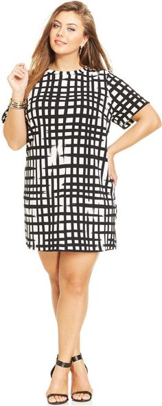 Plus Size Short-Sleeve Shift Dress