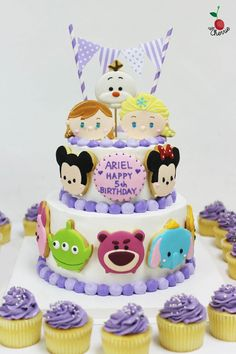 Disney Tsum Tsum Cake Tsum Tsum cookies Tsum Tsum Party, Disney Tsum Tsum, Disney Cakes, Disney Food, Beautiful Cakes, Amazing Cakes, Tsumtsum, Kawaii, Cute Cakes