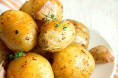 Microwaving or baking retains the most nutrients. If you peel and boil the spuds, you lose all the f... - Reader's Digest