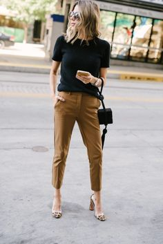 52 Stylish Work Outfits Ideas for Women Fashionable If you own a knack of wearin. - 52 Stylish Work Outfits Ideas for Women Fashionable If you own a knack of wearing smart office outf - Stylish Work Outfits, Summer Work Outfits, Work Casual, Spring Outfits, Stylish Tops, Classic Outfits, Summer Work Wardrobe, Business Casual Outfits For Work, Classic Clothes