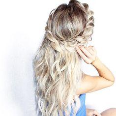 Sunday Hair #blohautestyle http://short-haircutstyles.com/?s=wedding http://short-haircutstyles.com/?s=over+40 Braided Hairstyles, Trendy Hairstyles, Ball Hairstyles, Bohemian Hairstyles, Good Hair Day, Hair Inspiration, Hair Inspo, Natural Hair Styles, Long Hair Styles