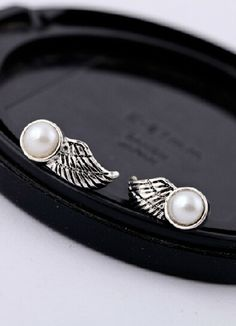 Shop Retro Silver Bead Wing Stud Earrings online. Sheinside offers Retro Silver Bead Wing Stud Earrings & more to fit your fashionable needs. Free Shipping Worldwide!