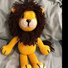Christi Nilsen added a photo of their purchase Lion Crochet, Crochet Giraffe Pattern, Crochet Patterns Amigurumi, Crochet Toys, Crochet Baby, Piglet, Patron Crochet, Crochet Granny Square Afghan, Amigurumi Tutorial