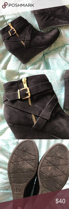 "Dolce Vita Women's Heels Black suede women's platform heels. Size 8. Worn less than 5 times and in excellent condition. Interior zipper to slip on heel. Exterior gold zipper and detailing. 3"" heel. Dolce Vita Shoes Heels"