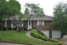 1406 Satinwood Dr , Jefferson City, MO 65109 $144,900