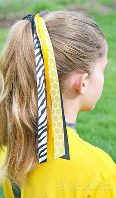Also called softball streamers, pony-o, or sport bows, softball hair bows are practically part of the uniform. Make them easily at home with this tutorial.