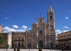 Iglesia de San Pedro y San Pablo, Acireale
