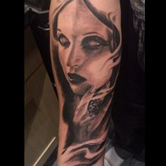 4e44a15dc ideas Female Vampire, Vampire Girls, Torres Tattoo, Vampire Tattoo, Tattoo  Designs For