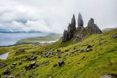 10 day Scotland Itinerary: Edinburgh, Glasgow, Isle of Skye, Glencoe, Eilean Donan Castle, malt whisky trail, best time to go to Scotland.