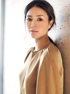 """【簡単にできる!】井川遥が""""美しすぎる""""とまで言われている5つの秘訣 - NAVER まとめ Hair And Makeup Tips, Hair Makeup, Japanese Beauty, Asian Beauty, Prity Girl, Asian Makeup, Vogue, Beautiful Asian Girls, Pretty Face"""