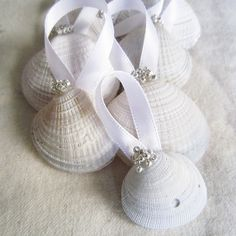 Your guests are sure to love these seashell ornaments and remember your wedding as they decorate their Christmas tree or use with other decorations in their home.  #RHDreamWeddingSweepstakes