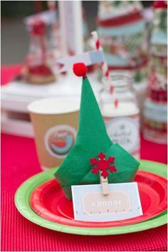 Elf Napkin for Kids Christmas Birthday Party www.spaceshipsandlaserbeams.com