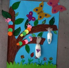 32 Trendy Butterfly Art For Kids Bulletin Boards Butterfly Project, Butterfly Crafts, Butterfly Art, Butterfly Life Cycle, Kindergarten Crafts, Preschool Crafts, Kindergarten Worksheets, Art For Kids, Crafts For Kids