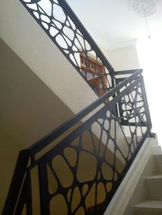 See more ideas about Banisters, Modern stairs and Staircases Stair Handrail, Staircase Railings, Banisters, Staircases, Wood Railing, Railing Ideas, Metal Stairs, Modern Stairs, Railing Design