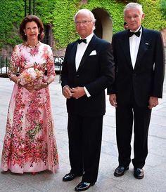 King Carl Gustaf presented the Stockholm Water Prize 2019 Princess Stephanie, Princess Estelle, Princess Charlene, Crown Princess Victoria, Stockholm City, Swedish Royalty, Baby Shower Prizes, Religious Wedding, Charlene Of Monaco