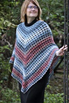 Poncho Crochet, Crochet Scarves, Crochet Clothes, Easy Crochet, Crochet Dresses, Crochet Tops, Knitted Shawls, Crochet Vests, Poncho Shawl