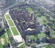 ROME: Baths of Caracalla - ancient ruins in Rome, usually tourist free! Ancient Ruins, Ancient Rome, Ancient History, Roman Architecture, Ancient Architecture, Architecture Romaine, Monuments, Rome Antique, Roman Art