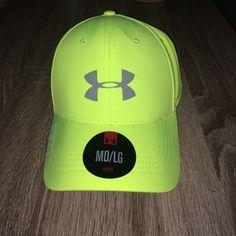 27cc414ea4d NWT Under Armour Golf Hat Men s Under Armour Heatgear golf hat. NWT