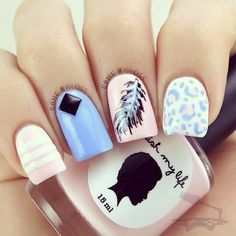 There are plenty of ways where you can design feathers onto your nails. It can be on summer themes or even feathers in the winter times or holidays, take your pick! The great thing about feather nail art is that you can choose just about any type of theme Feather Nail Designs, Feather Nail Art, Cute Nail Designs, Blue Feather, Get Nails, Fancy Nails, Love Nails, Hair And Nails, Fabulous Nails