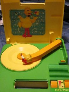 1983 Fisher Price Sesame Street Big Bird Portable Record Player