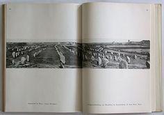 Carola Giedion-Welcker: Moderne Plastik. Verlag Dr. Hans Girsberger, Zürich, 1937. Size: 26 x 20 cm. Designer: Herbert Bayer.
