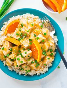 Skinny Crockpot Orange Chicken. WAY BETTER than take out! Easy, healthy orange chicken recipe made with orange juice and honey.