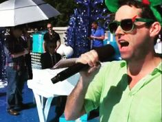 Pixie Dust Required: Rhett Wheeler, the guy who stole the show at the Disney Christmas Parade taping.