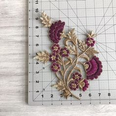 Floral Design Fabric Pearls Appliqué-Sew on Applique-Silk Zardozi Embroidery, Hand Embroidery Dress, Kurti Embroidery Design, Embroidery On Clothes, Bird Embroidery, Embroidery Fashion, Beaded Embroidery, Diy Embroidery Patterns, Embroidery Neck Designs