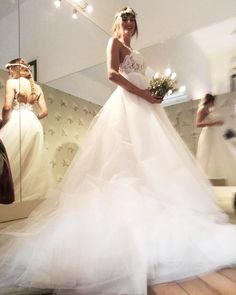 ss18 #lebaobab #wedding #weddingdress #bride #sposa Le Baobab, Lace Wedding, Wedding Dresses, Bride, Instagram, Fashion, Bridal Dresses, Moda, Bridal Gowns